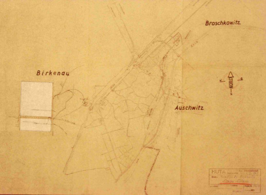 План лагеря советских военнопленных, расположенного на полях опустевшего села Бжезинка, датированный октябрем 1941 года. На плане отмечены два будущих участка лагеря (строительные участки) БИ (нижняя сторона) и БII (верхняя сторона).